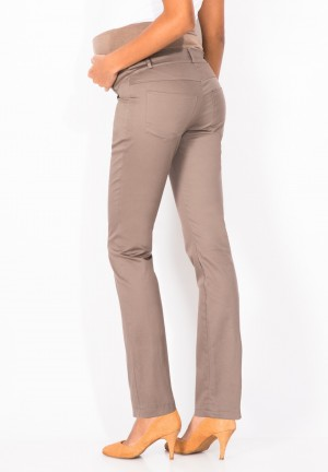 Classic 5 pocket maternity pants with over belly support
