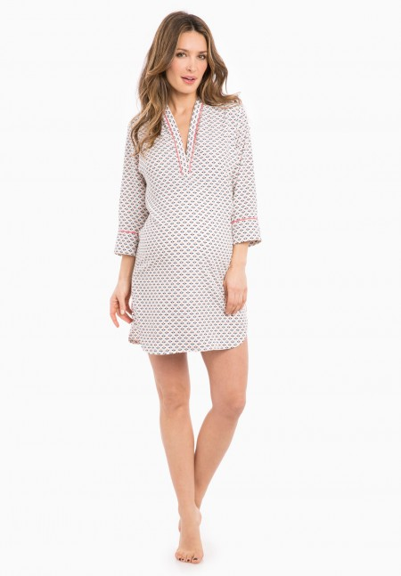 Maternity nightwear