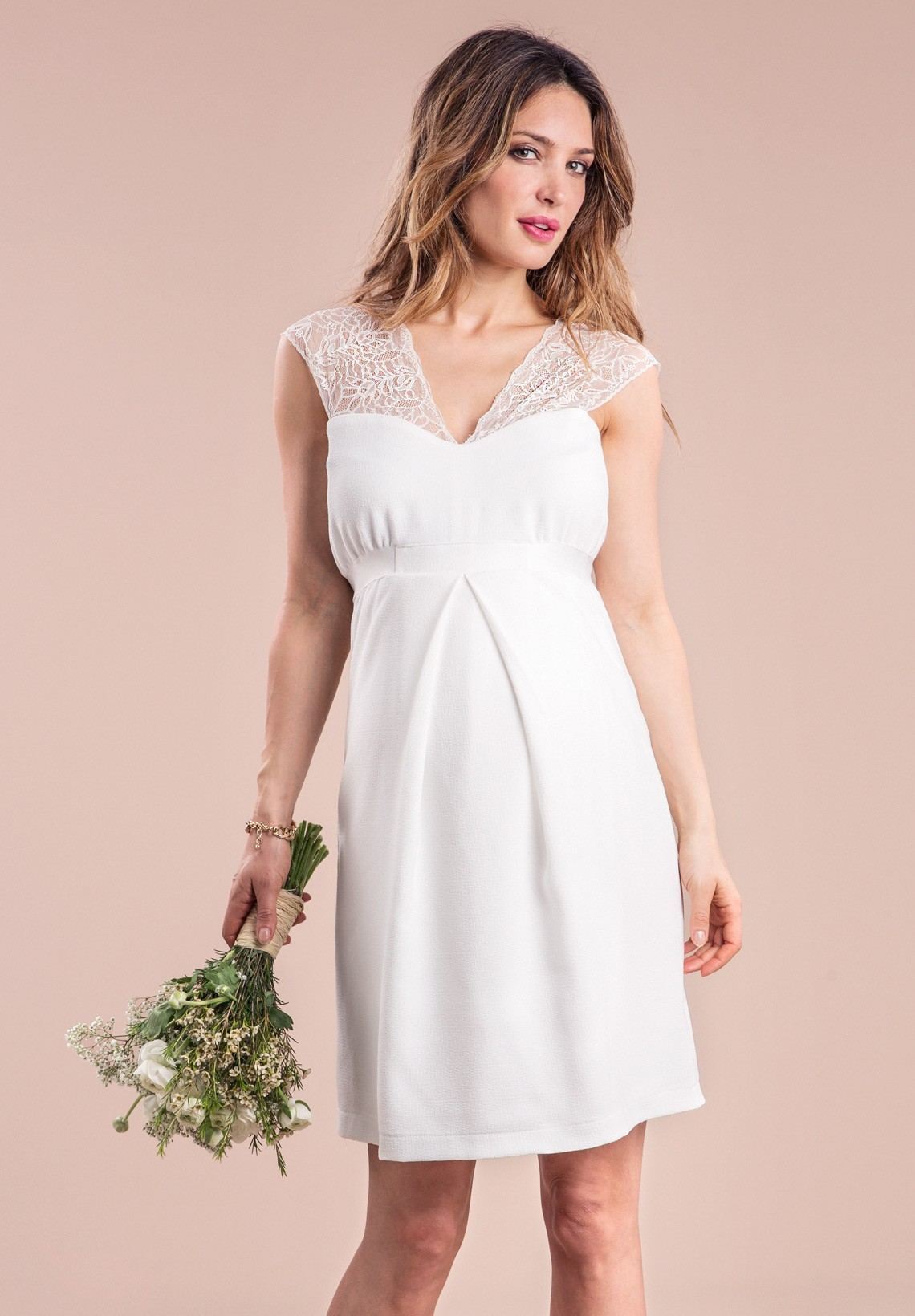 Maternity wedding dresses - trendy selections at affordable prices ...